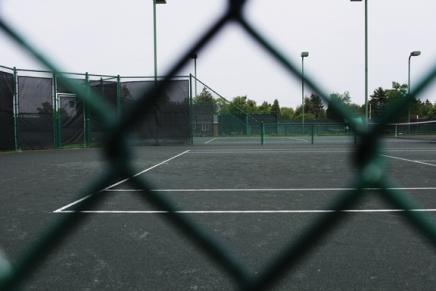 Tennis Center staff seeks picture-perfectcourts