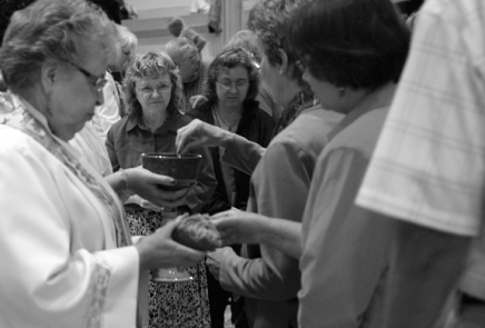 Ecumenical Communion symbolizes Christian unity