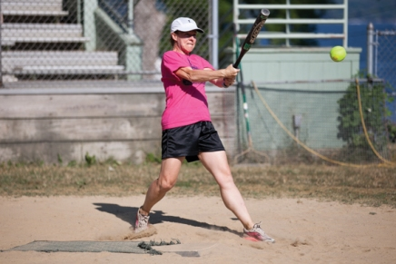 With softball season in full swing, teams inch closer tochampionship