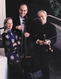 New Arts Trio exits season with program of Mozart,Tchaikovsky