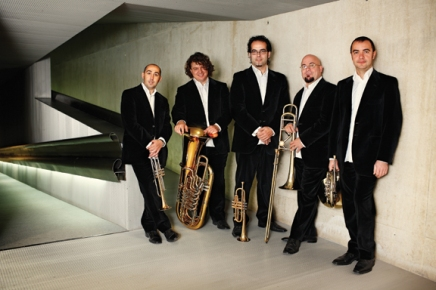 Spanish Brass strolls through a museum of musical styles
