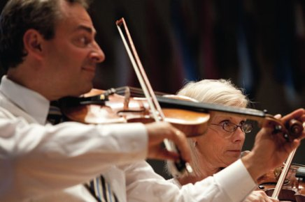 Guest conductor Grams and pianist Schimpf debut at Chautauqua with CSO tonight