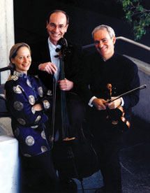 New Arts Trio unwinds via timeless music