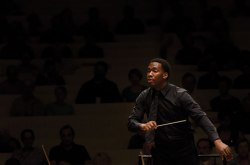 David Effron Conducting Fellow Roderick Cox leads the MSFO during a performance in July. Photo by Adam Birkan.
