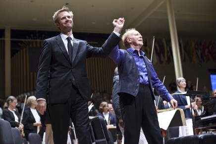 Refreshing & radiant: CSO, with Seaman and von Oeyen, opens 85th season