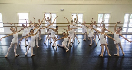 Youngest dance students to showcase versatility
