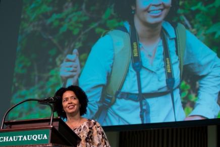 Kahumbu shares efforts to save Africa'selephants