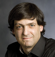 Ariely shares ways we lie to everyone, especiallyselves