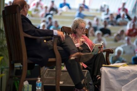 Atwood, Rosenblatt banter over poetry andprose