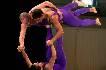 SLIDESHOW: Galumpha performs acrobatic dance in theAmp