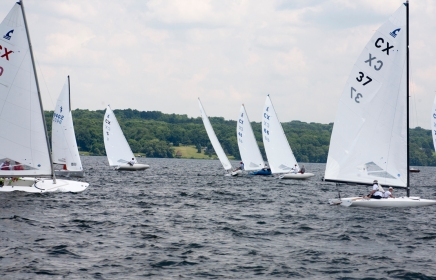 Chautauquans race through Regatta