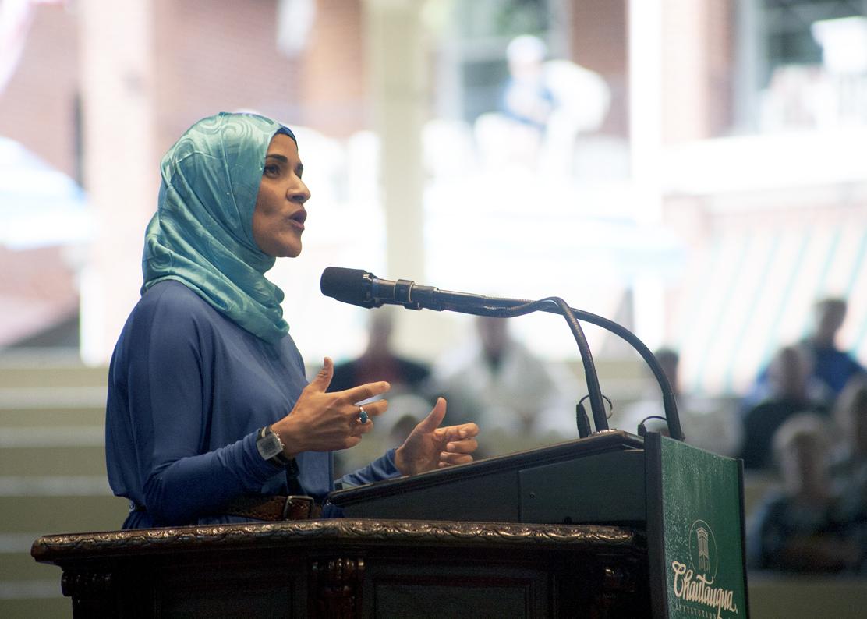 Личности и персоналии: Далия Могахед - советник президента США по вопросам мусульман