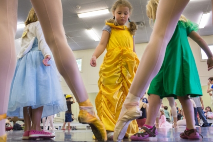 Ballerinas inspire future dancers at Children's School