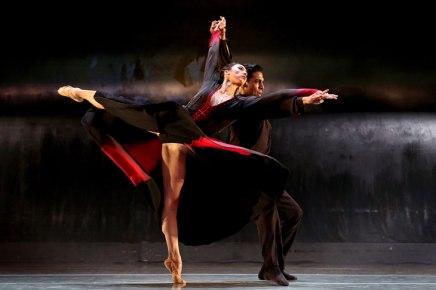It takes two: Charlotte Ballet presents an evening of 'Pas de deux'