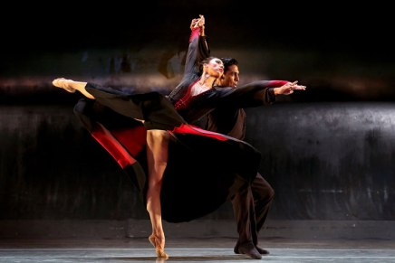 It takes two: Charlotte Ballet presents an evening of 'Pas dedeux'