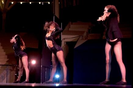 Review: Pas de Deux highlights dancers'versatility