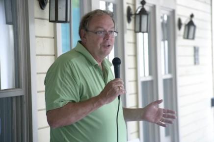 Conroe, Shedd address lake's health at porchdiscussion