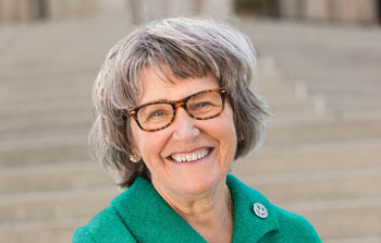 Campbell brings stories from 'Nuns on the Bus' to Interfaith Lecture