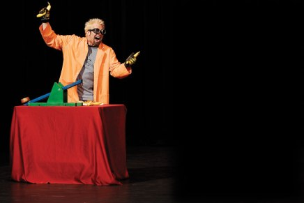 Doktor Kaboom to experiment with 'Science ofSanta'