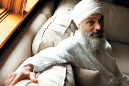 Subagh leads meditation, focuses on self-awakening in Sikhism