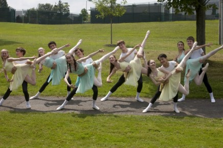 Dance students prepare for farewell performance