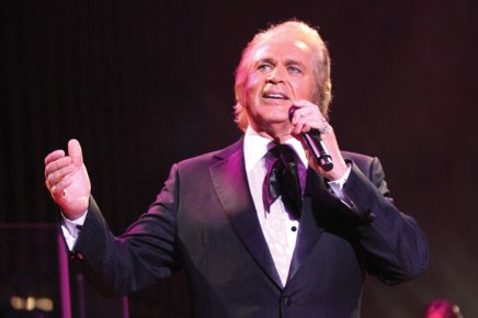 Engelbert Humperdinck returns to Amphitheater stage