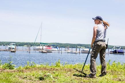 WATCH: New grounds supervisor blossoms intosummer