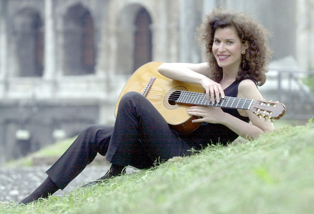 The accidental classical guitarist: Isbin to grace Amp stage for recital tonight