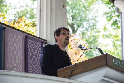Gewirtz differentiates between healthy and unhealthyreligion