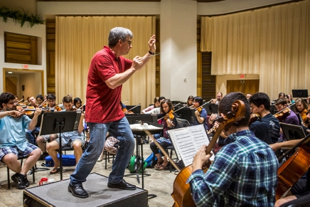 Swinging into the season: MSFO prepares for first amphitheaterperformance