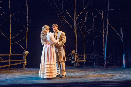 Review: Lesenger stages 'artistic' farewell 'Onegin'