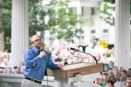 Zuckerman explains why religion isfading