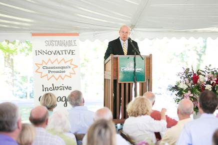 In President's Address, Becker thanks Bestor Society, honors thearts