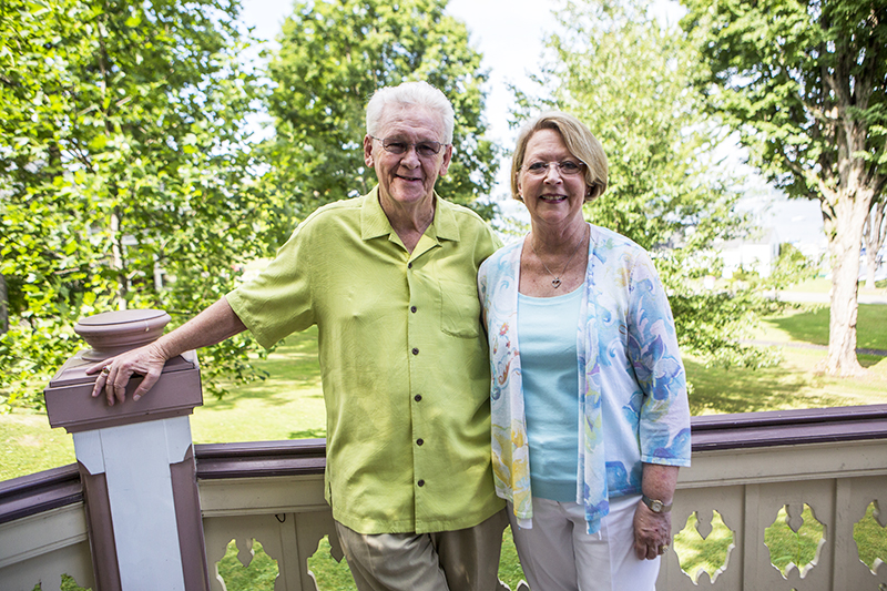 Cary and Susie Lindsay are recent members of the Bestor Society.  (Ruby Wallau | Staff Photographer)